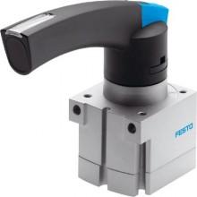 Клапан с ручным FESTO VHER-AH-M04C-G12-UD